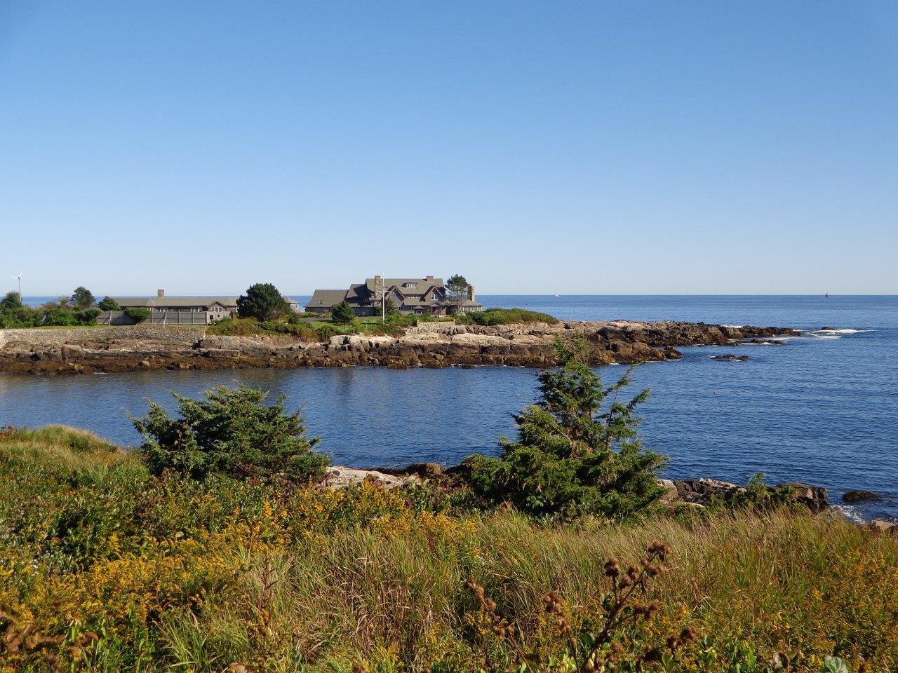 bush home at walkers point in maine