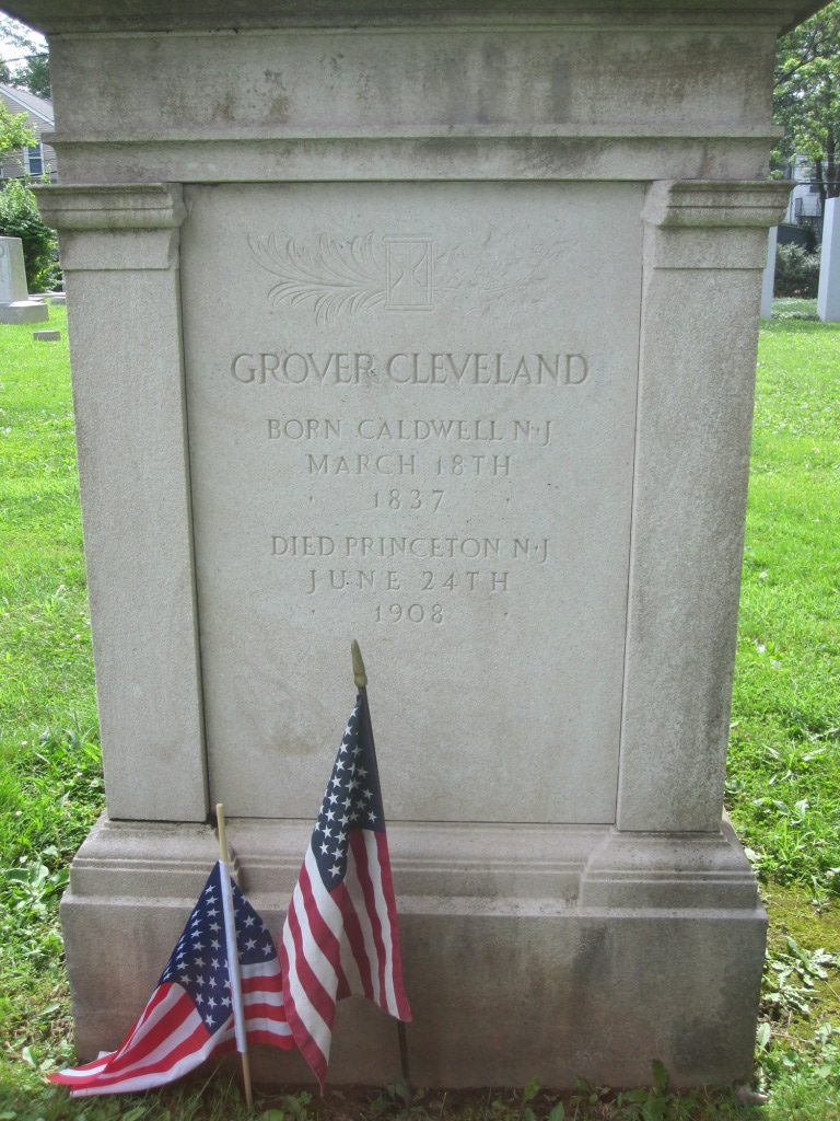 Grover Cleveland grave stone