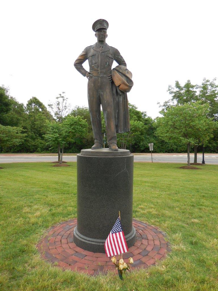 Dwight Eisenhower statue in Alexandria, Virginia
