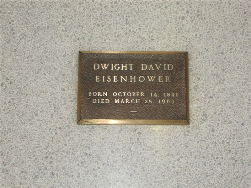Dwight Eisenhower grave marker