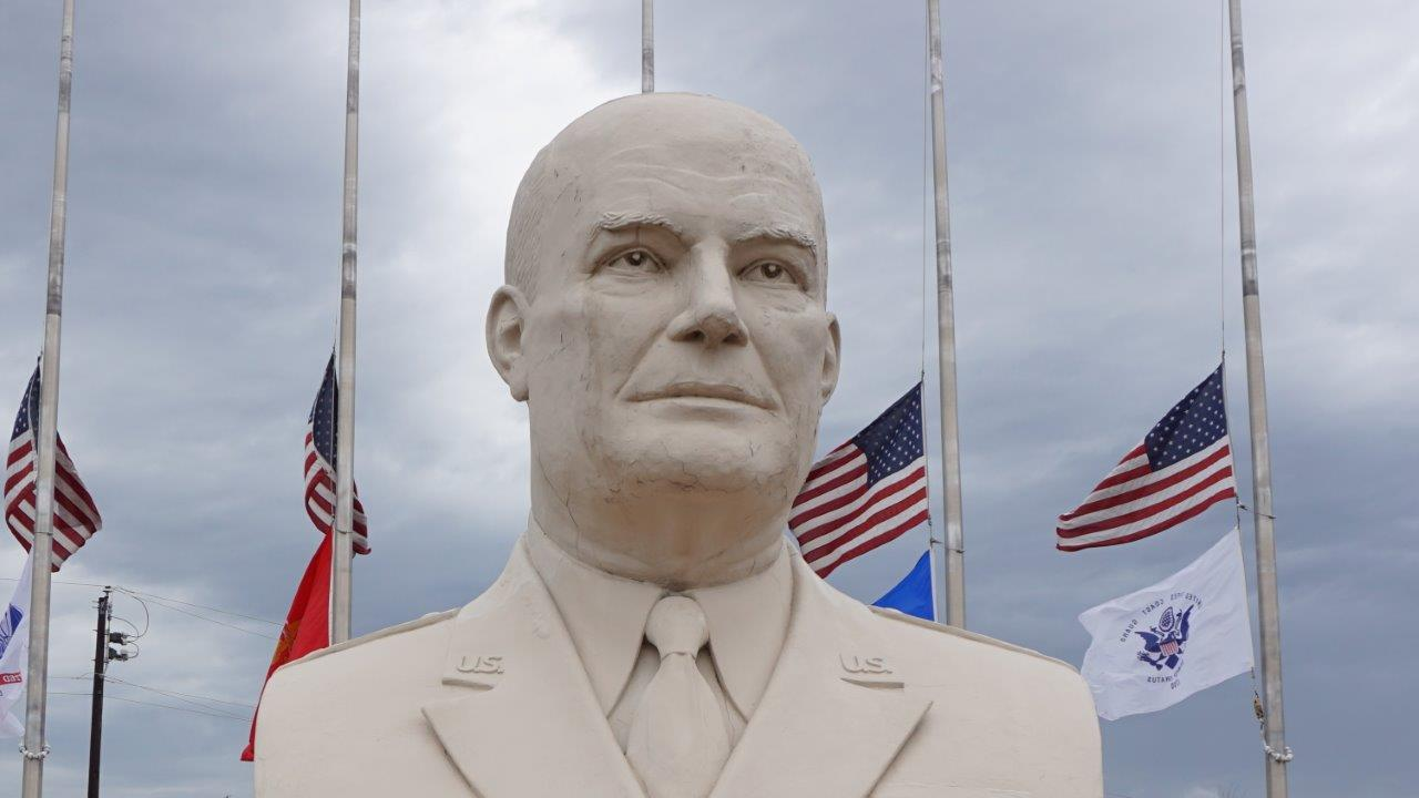 Dwight Eisenhower giant head