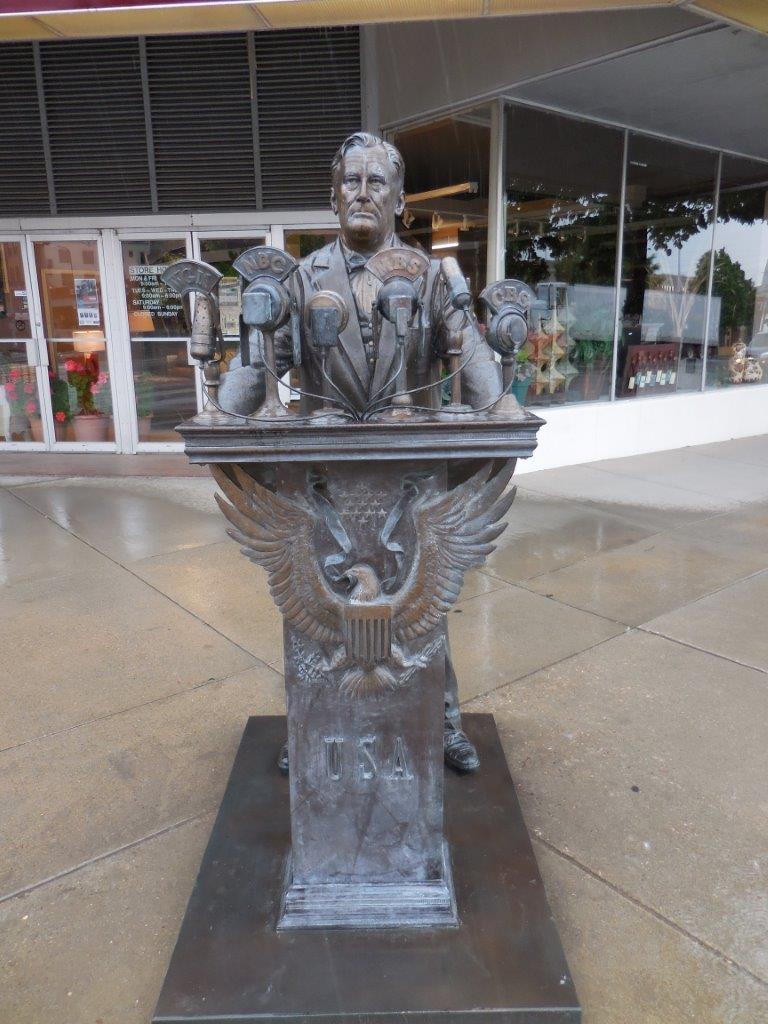 Franklin Roosevelt statue in Rapid City, South Dakota