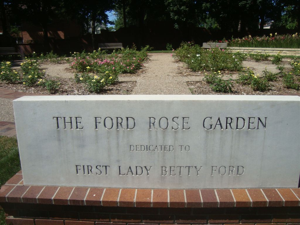Ford Rose Garden Monument
