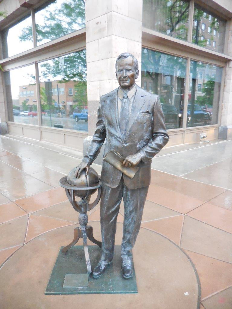 George Bush statue in Rapid City, South Dakota
