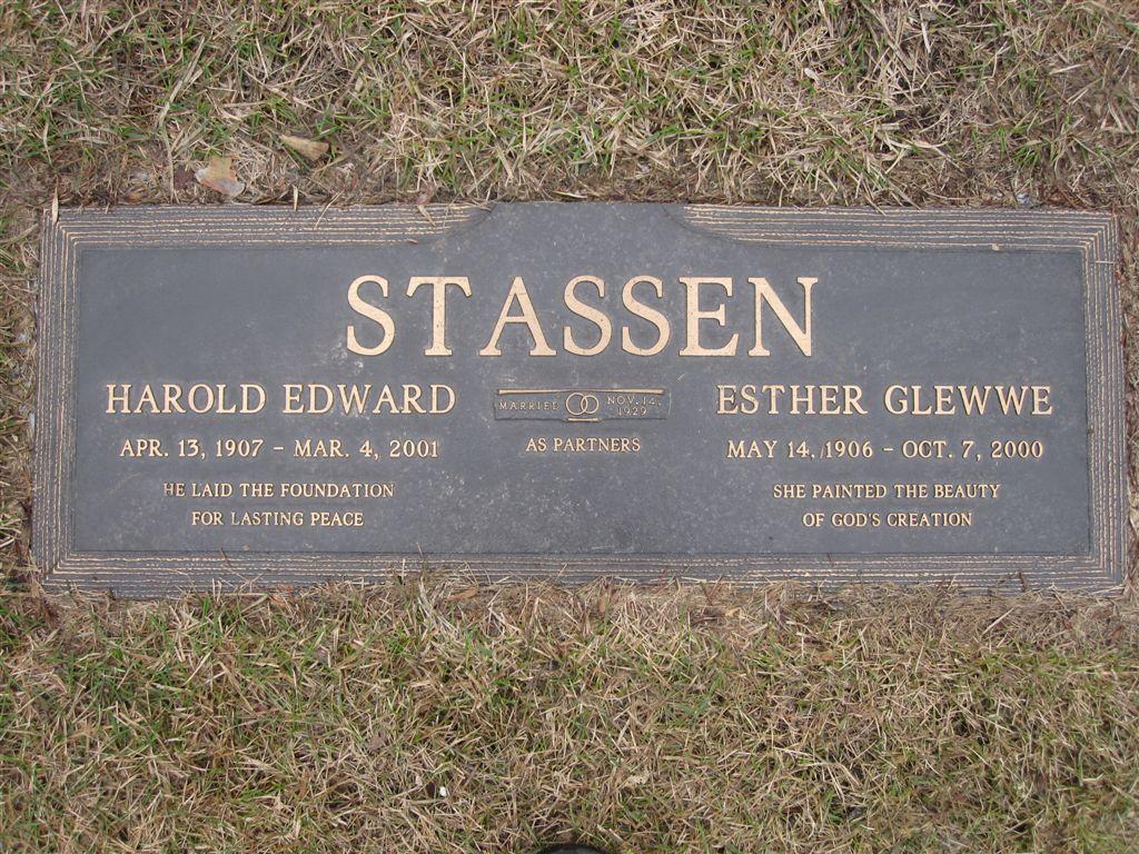 Harold Stassen grave