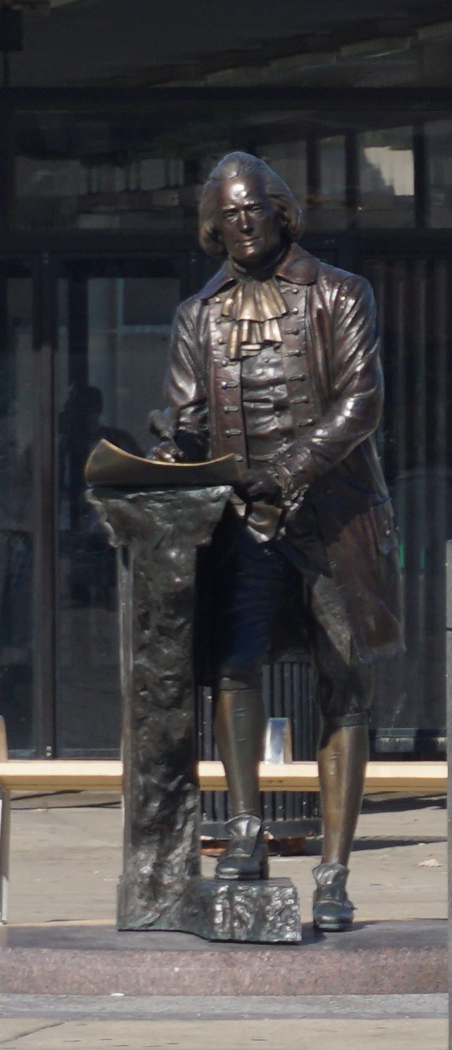 Thomas Jefferson statue in Chicago