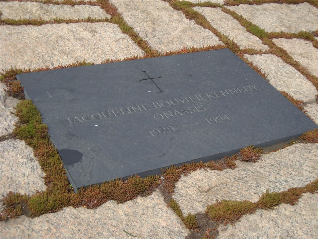 Jacqueline Kennedy grave stone