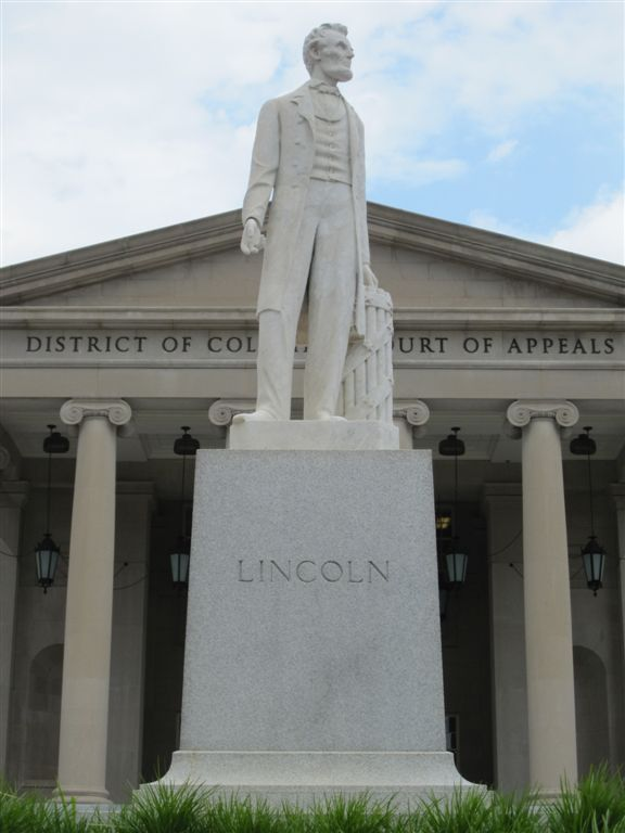 Lincoln Statue at the Nebraska State Capitol