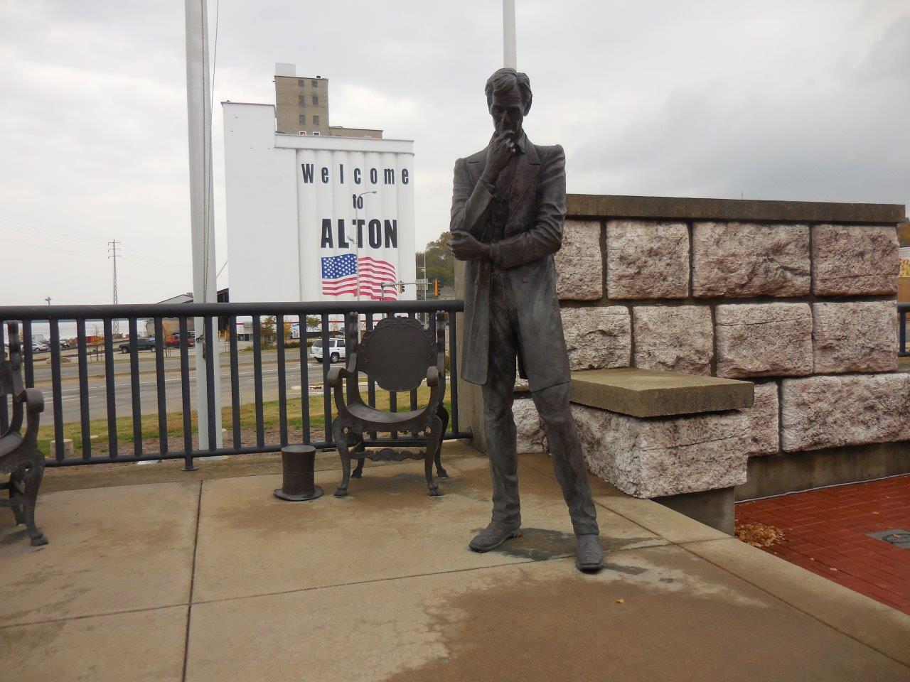 Lincoln-Douglas debate monument