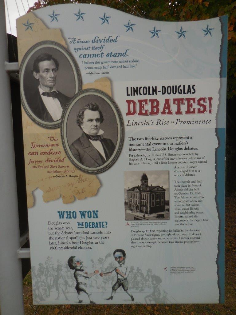 Lincoln-Douglas debate statue