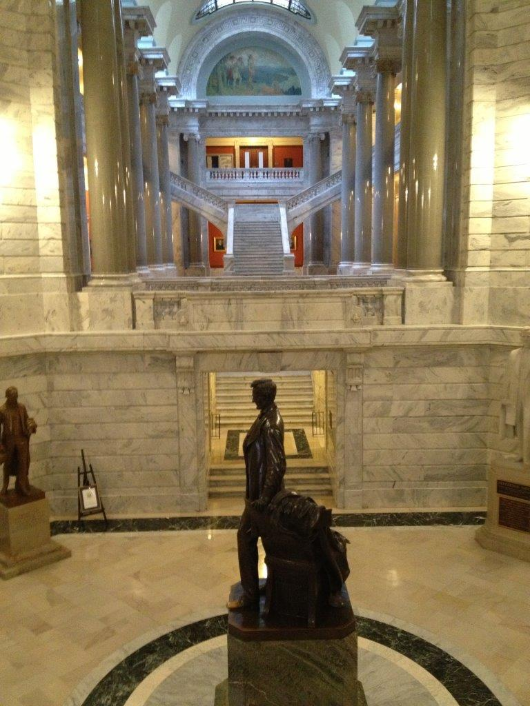 Abraham Lincoln statue in Kentucky Capitol