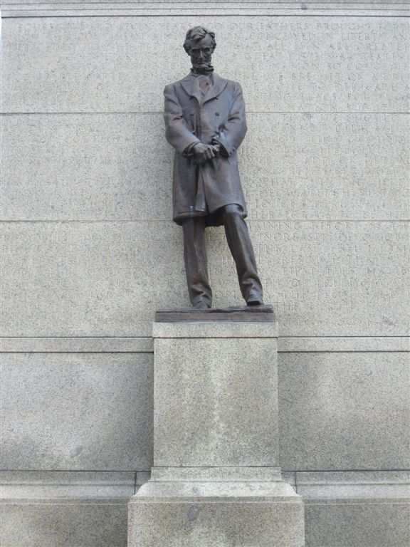 Lincoln Statue in Lincoln, Nebraska