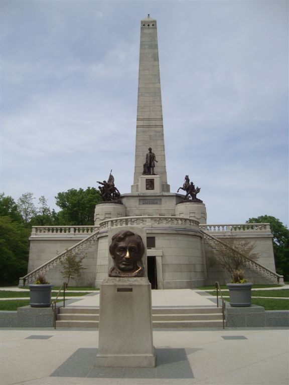 Abraham Lincoln Gravesite And Tomb Springfield Illinois