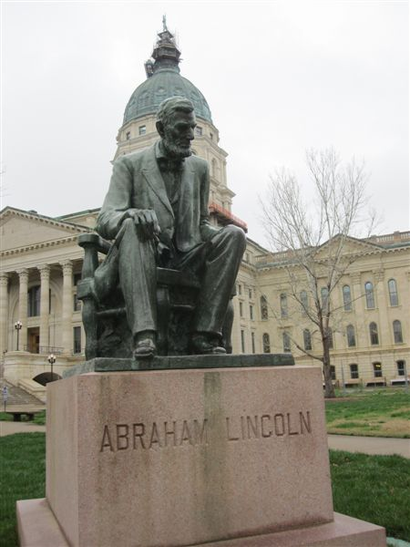 Abraham Lincoln statue at Kansas State Capitol