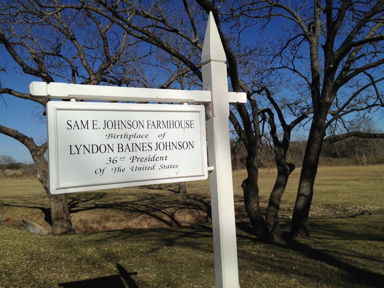 Lyndon Johnson birthplace sign