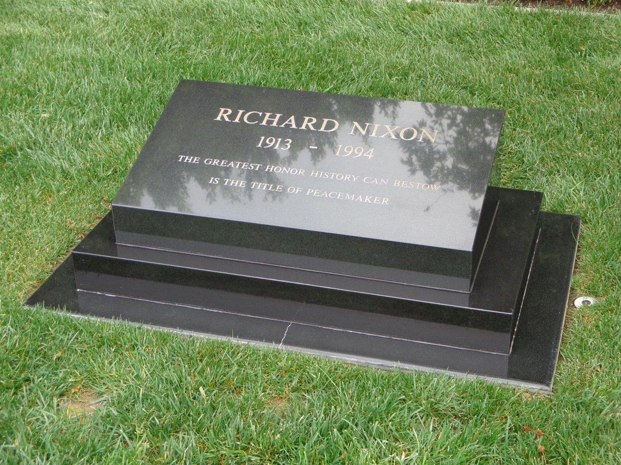 Richard Nixon tomb