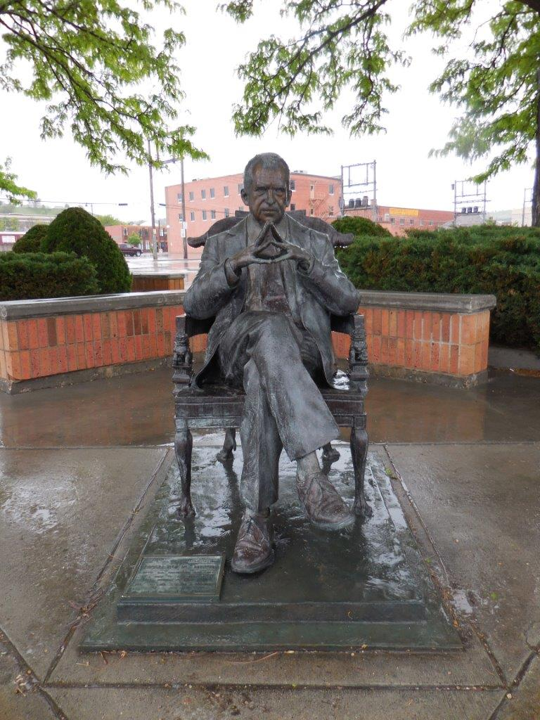 Richard Nixon statue in Rapid City, South Dakota