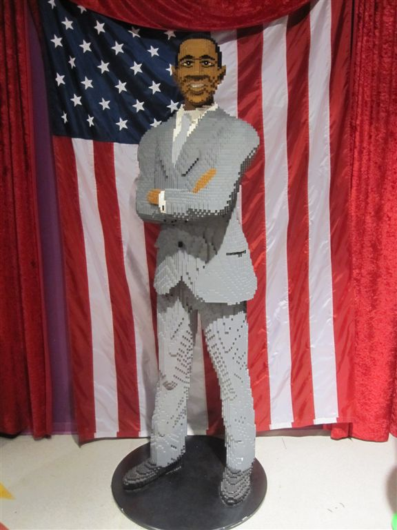 Obama Lego statue at Legoland Discovery Center Chicago