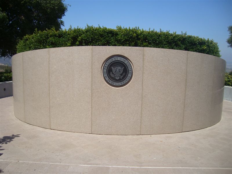 back of Reagan grave