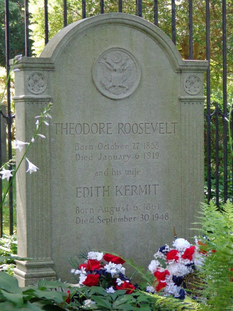 Theodore Roosevelt grave stone