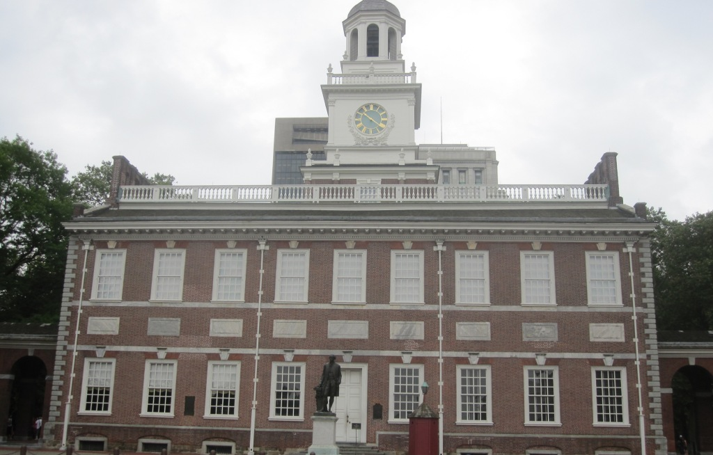 George Washington statue at Independence Hall in Philadelphia
