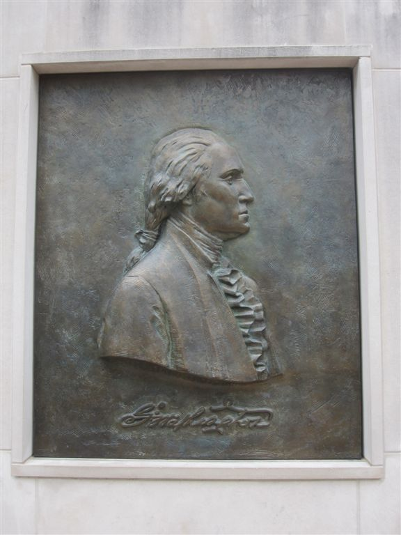 George Washington image at Mt. Vernon entrance